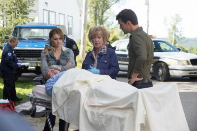 Haven S4x08 - Lexie Audrey and Nathan discuss the cause of the deaths with Gloria the M.E.