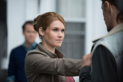 Haven S4x01 - Audrey moves to infect Duke