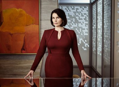 Incorporated Season 1 Julia Ormond as Elizabeth Krauss