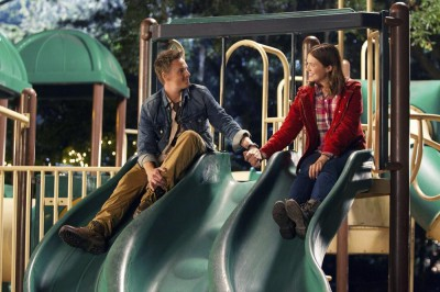 Christmas in Conway - Love is in the Air! RILEY SMITH, MANDY MOORE
