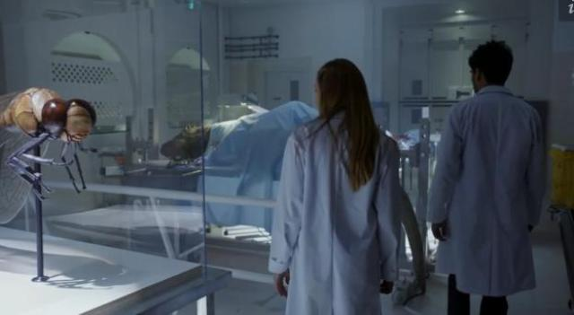 Primeval New World 01X11 Creatures in lab