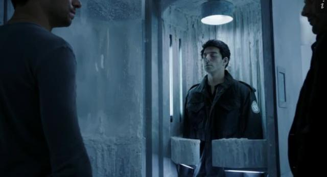 Primeval New World 01X11 Evan Mac and the frozen body