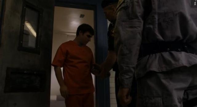 Primeval New World 01X11 Leeds jail cell