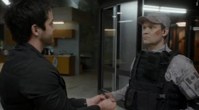 Primeval New World 01X11 Time for handcuffs