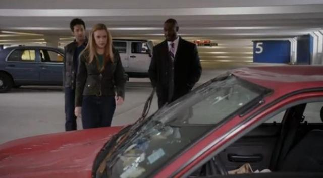 Primeval New World S1X10 Evan Dylan and cop in parkade