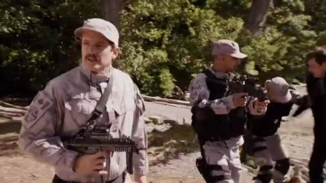 Primeval New World S1x13 - Colonel Hall says I just saved your life