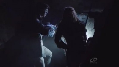 Primeval New World S1x13 - Dylan and Connor reach an agreement to save his friend and Evan