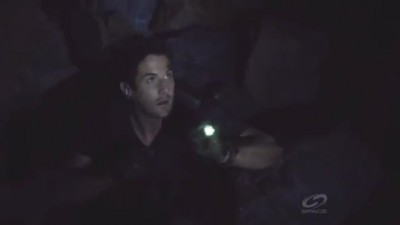 Primeval New World S1x13 - Evan is trapped behind boulders