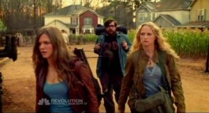 Revolution S1x01 - Charlie, Aaron and Maggie begin the journey to find Uncle Miles