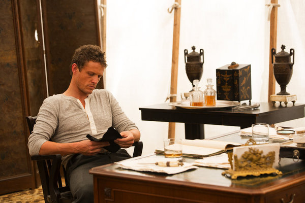 Revolution S1x01 - David Lyons as Sebastian 'Bass' Monroe