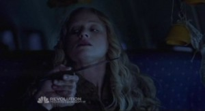 Revolution S1x01 - Maggie is held at knife point by rapists