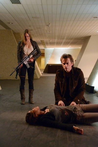 Revolution S1x20 - Tracy Spiridakos as Charlie Matheson, Daniella Alonso as Nora, Billy Burke as Miles Matheson -- (Photo by: Brownie Harris/NBC)