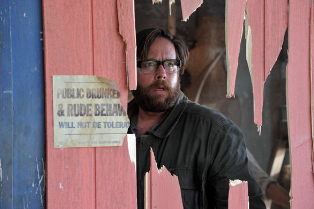 "Revolution S2x03 Aaron hides in a barn  -- ""Love Story"" Episode 203 -- Pictured: Zak Orth as Aaron Pittman -- (Photo by: Felicia Graham/NBC)"