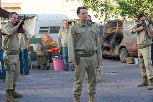 """Revolution S2x05 - Director Truman confronts the Texas Rangers  """"One Riot, One Ranger"""" Episode 205 -- Pictured: Steven Culp as Edward Truman -- (Photo by: Felicia Graham/NBC)"""