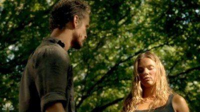 Revolution S2x03 - Monroe tells Charlie they have to save her Mom fter knocking out Adam