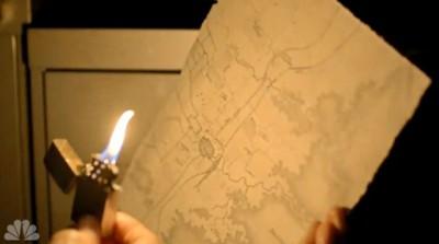 Revolution S2x04 - Rachel looks for clues in Edward Trumans office