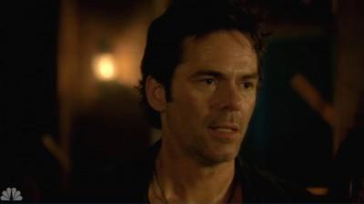 Revolution S2x05 - Miles stops Rachel from killing Monroe