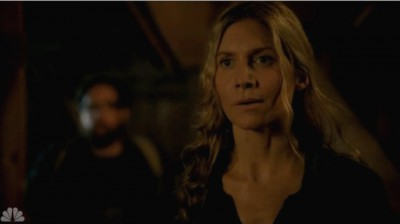 Revolution S2x05 - Rachel and Aaron arrive to find Monroe with Charlie and Miles
