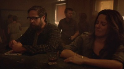 Revolution S2x06 - Aaron and Bonnie Webster have a drink where he learns she is Patriot Press Corps