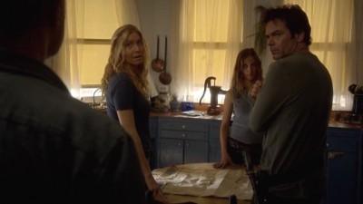 Revolution S2x07 - Gene Porter confesses to Miles, Rachel and Charlie