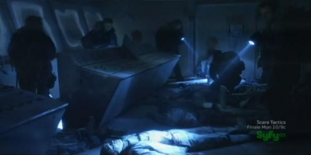 Sanctuary S4x07 - Massacre on the bridge