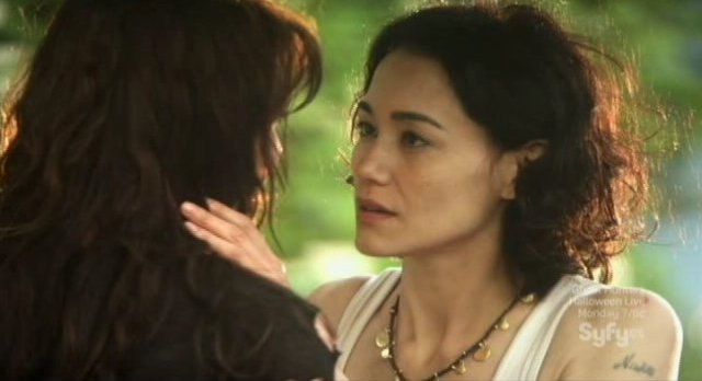 Sanctuary S4x04 - Sandrine Holt as Charlotte gives Helen the kiss