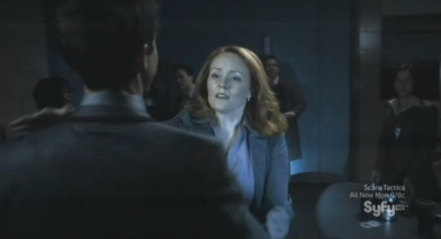 Sanctuary S4x05 - Tesla to get a hug from the doctor