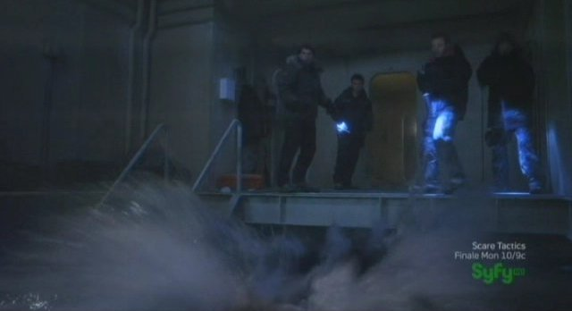 Sanctuary S4x07 - Into the water with to find the truth!