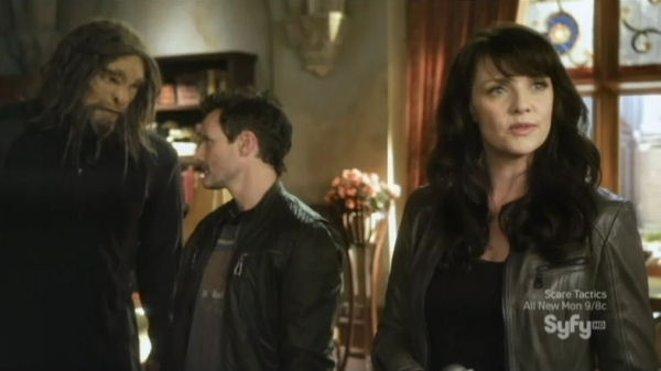 Sanctuary S4x06 Homecoming Scooby-gang-discuss-new-members