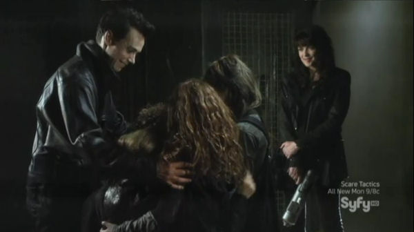 Sanctuary S4x06 Homecoming - We-are-family!