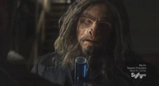 Sanctuary S4x13 - Big Guy gets the vial of blue liquid