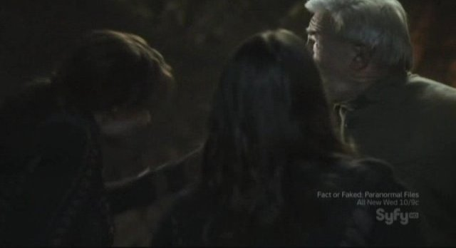 Sanctuary S3x11 - A hug betwen father and daughter