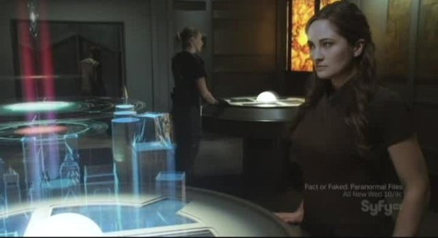 Sanctuary S3x11 - Cool holographic effects