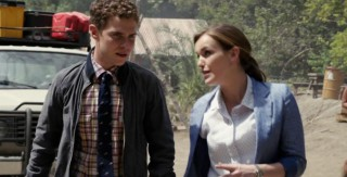 AgentsofSHIELD S1x02 Fitz and Simmons Peru