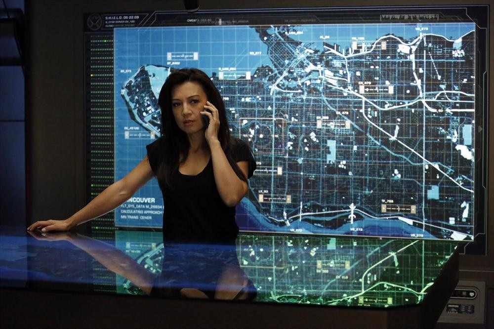 Agents of SHIELD S2x09 Ming Na Wen as Melinda May and Agent 33