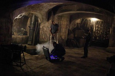 Agents of SHIELD S2x09 The alien hole where Mac will be sealed in