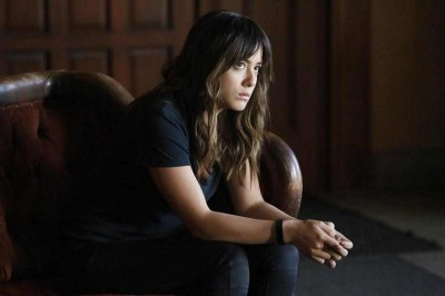 Agents of SHIELD S2x10 - Skye contemplates what her Dad has become