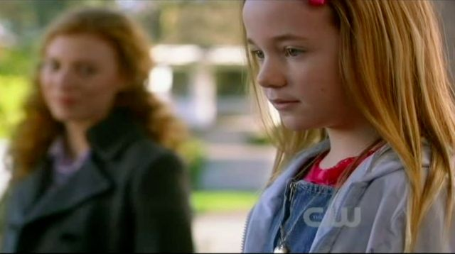 Supernatural S7x13 - Five year old Emma leaving with Madeline and other women