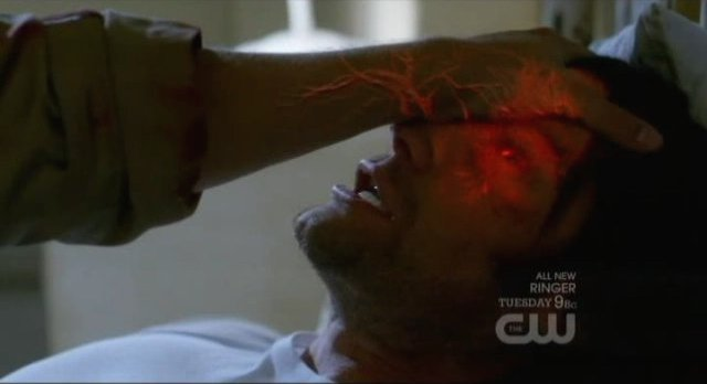 Supernatural S7x17 - Sam being electrocuted