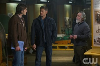 Supernatural S7x19 - Sam & Deam on a mission in Of Grave Importance