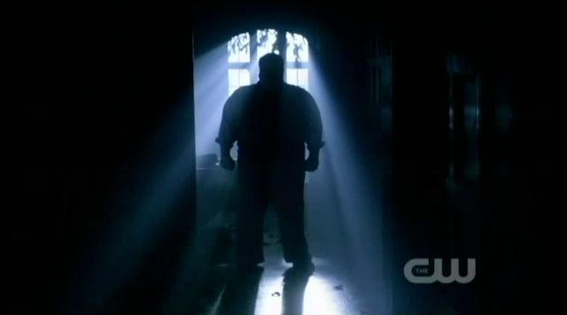 Supernatural S7x19 - Dexter scary silhouette
