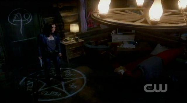 Supernatural S7x21 - Meg in a devils trap