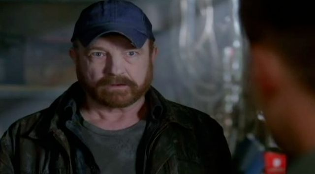 Supernatural S7x22 - Bobby looking pale