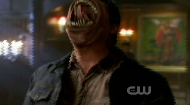 Supernatural S7x22 - Edgar is about to eat The Alpha