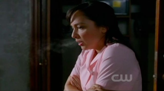 Supernatural S7x22 - Louise the housekeeper sees her own breath