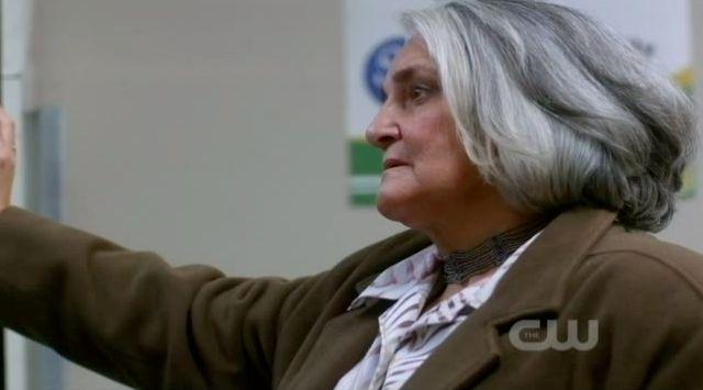 Supernatural S7x22 - Woman looking like one of those Turducken people