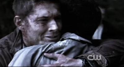 Supernatural S8x02 - Dean hugs poor Cas in Purgatory