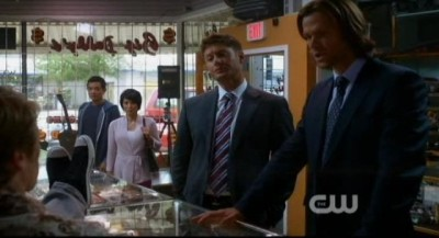 Supernatural S8x02 - The Winchesters with Kevin and Tiger Mommy