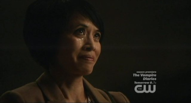 Supernatural S8x02 - Tiger Mommy pays with her soul to win the auction
