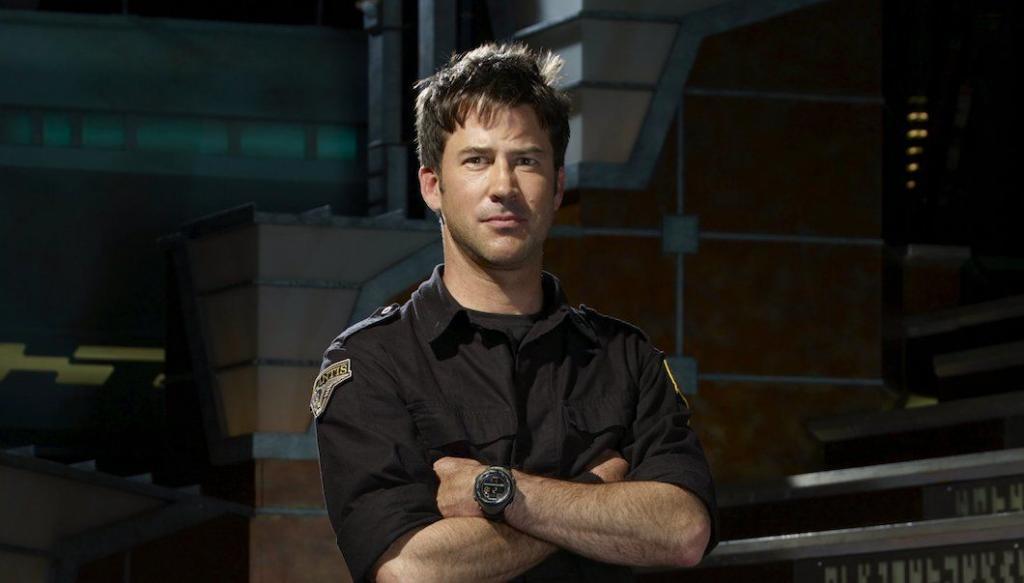 Shoutout Through The Wormhole From Joe Flannigan of Stargate Atlantis!